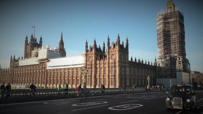 Westminster Bridge con le barriere
